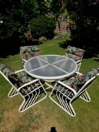 round white metal framed glass top patio table set Garden Grove, 92841