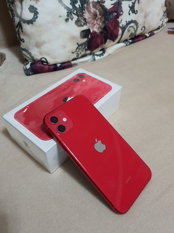 İphone 11 RED 64 GB 0