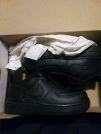 G nikes size 6 child will work with price