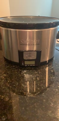Cuisinart slow cooker  Arlington, 22209