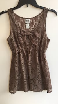 Brown lace top - small North Augusta, 29860