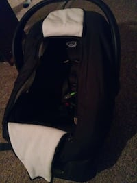 baby's black and white car seat carrier Twin Falls