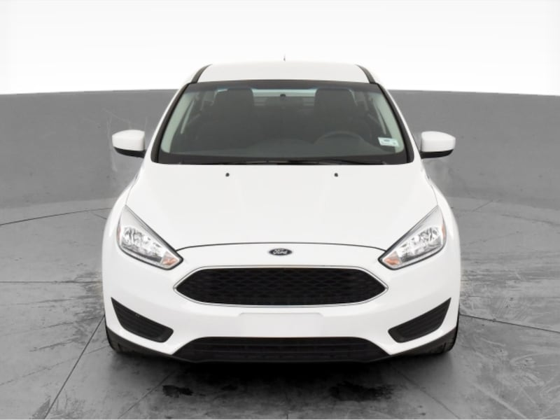 2018 Ford Focus sedan SE Sedan 4D White <br /> 86bb9241-ef58-47ca-9cef-07cd6606f116