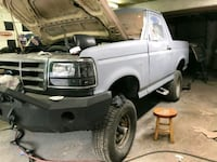 1992 Ford Bronco 5.8L Barrie, L4M