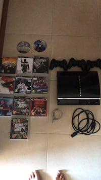 Playstation 3 500 gb 3 kol 12 oyun