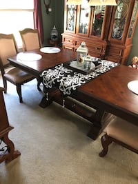 Brown wooden table with chairs Old Bridge, 08857