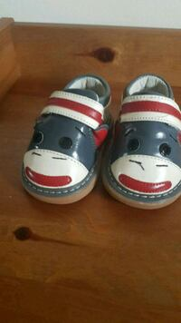 Wee Squeek walking shoes Barrie, L4N 5E3