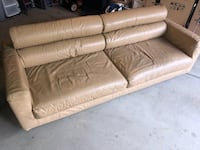 Premium Italian Leather Couch (See description) Chicago, 60646