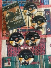 Half - Life 2. PC Computer Gaming 5 Disc in the case / visit for more 39 km