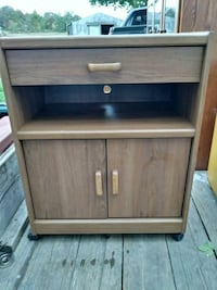 brown wooden 2-drawer chest Middleport, 14105