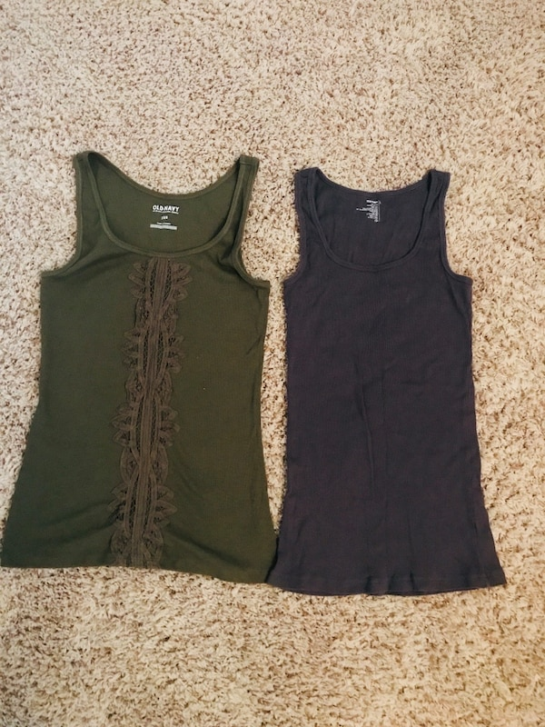 7f9023f0cb9726 Used Old Navy Tank Tops Size Large for sale in Nashville - letgo