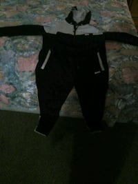 Hugo boss track suit 250 paid 400 Edmonton, T5P 1H5