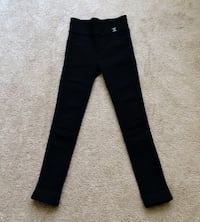 Brand new skinny fleece pant size 000 40 km