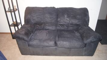 Black Recliner and Loveseat