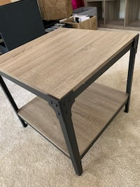 Two end tables, excellent condition, set of 2 Fairfax, 22030