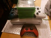 Xbox one S 3 controll 10 games Scarborough, M1K