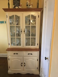 Beautiful kitchen Organizer / table