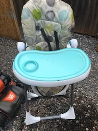 Baby's white and blue high chair Taneytown, 21787
