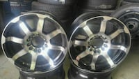 17 inch rims Fitts Ford and Chrysler and GM Toronto, M3J 1L2