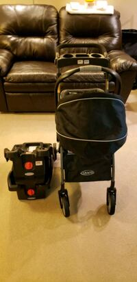 graco infant car seat with 2 base and carrier