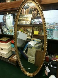 Large oval mirror w fancy gold frame Urbana, 61802