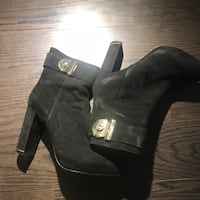Black suede chunky heeled booties Vancouver, V6B 0A2