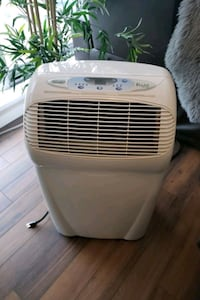 DeLonghi Air Conditioner  Surrey