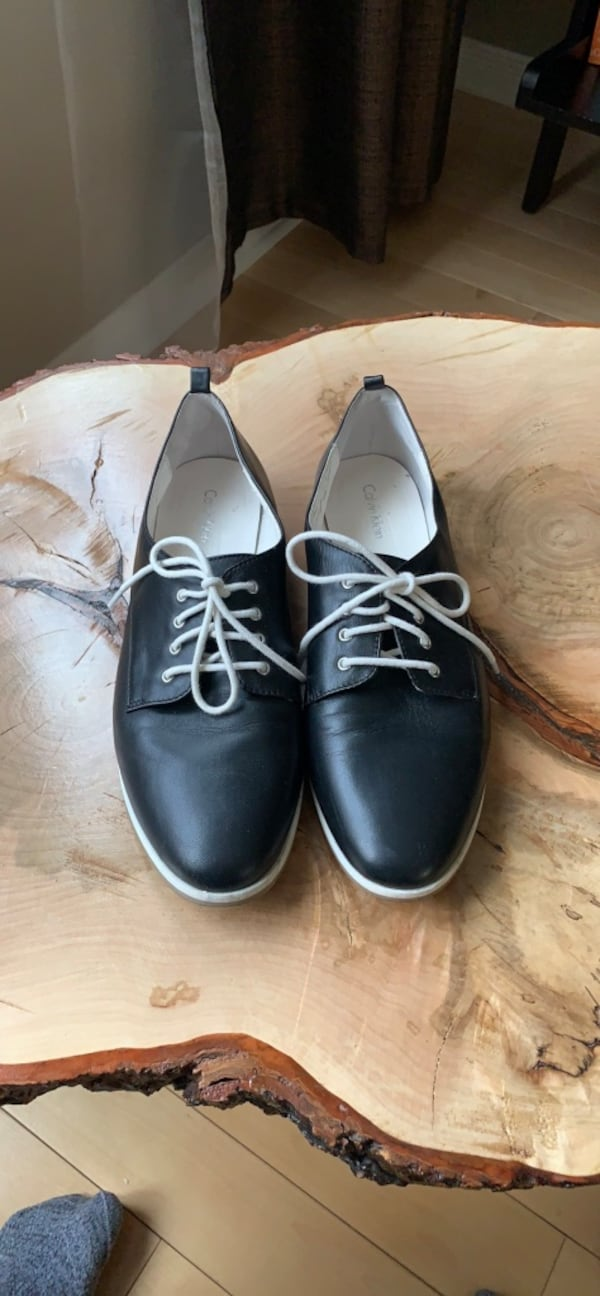 Calvin Klein Leathers oxfords size 9.5-10 0
