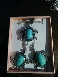 Turquoise turtle necklace and earring set Norfolk