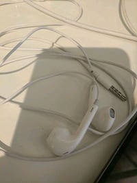Apple EarPods blanco con estuche Barcelona, 08014