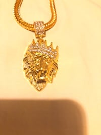 Gold-colored chain necklace with pendant Stockton, 95203