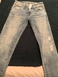 "Brand new never worn and tagged size 29/32 ""Next level Flex"" Skinny jeans Vancouver, V5T 3V4"