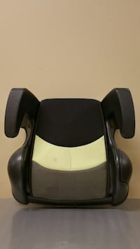 ONE (1) CHILD VEHICLE BOOSTER SEAT - $10 (firm price).