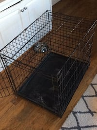 Folding metal dog crate with slide in/out plastic bottom Washington, 20009