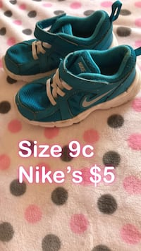 pair of blue-and-white Nike running shoes Bellflower, 90706