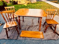 Solid Maple Dining Table w/ chairs Oshawa, L1H 2R9