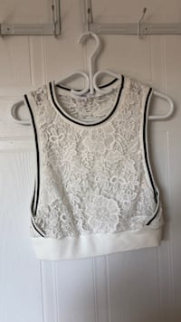 white and gray floral tank top Laval, H7X 3J3