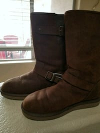 New never warn ugg boots brown leather outside sz  Chandler, 85249