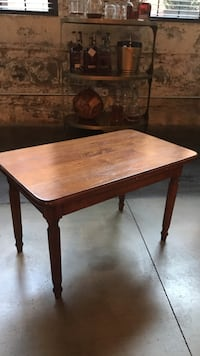 Solid wood coffee table Louisville, 40217