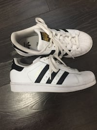 Boy's adidas superstar sneaker shoes