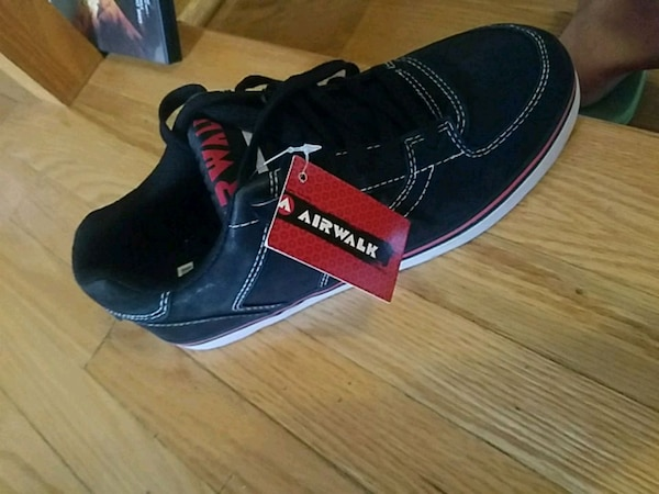 a62a7ec2eba9 Used Brand new Airwalk shoes. Size 6. for sale in Pickering - letgo