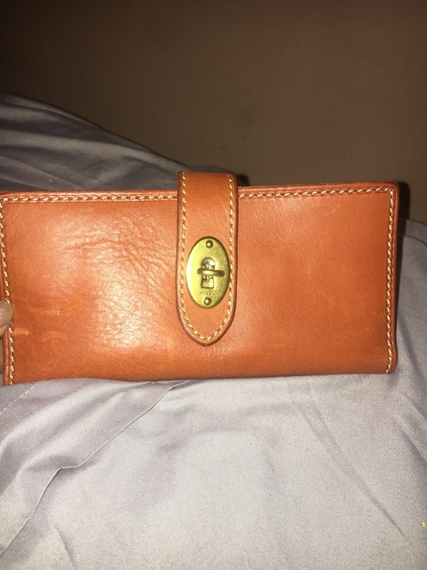 4253261cead0 Used Fossil leather wallet for sale in Jersey City - letgo