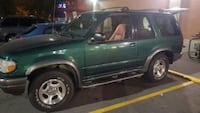 Ford - Explorer - 2000 Vancouver