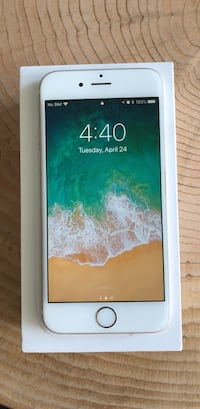 iPhone 6 128 GB Gold Unlocked  Vancouver, V5Y 0C2