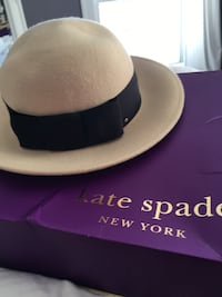 Kate spade hat new in box