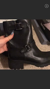 Authentic brand new Hogan leather boots