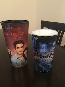 Movie cups