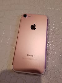 Rosegold iPhone 7 great condition unlocked New Canaan, 06840
