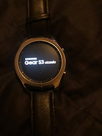 LIKE NEW Samsung Galaxy Gear S3 smart watch opened but wore once.