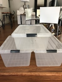 3 large plastic bins with lid Fort Lauderdale, 33311